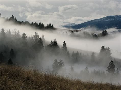 14 Eerie Shots In Montana That Are Beautiful