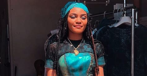 China Anne McClain of 'Descendants' Melts Hearts as She
