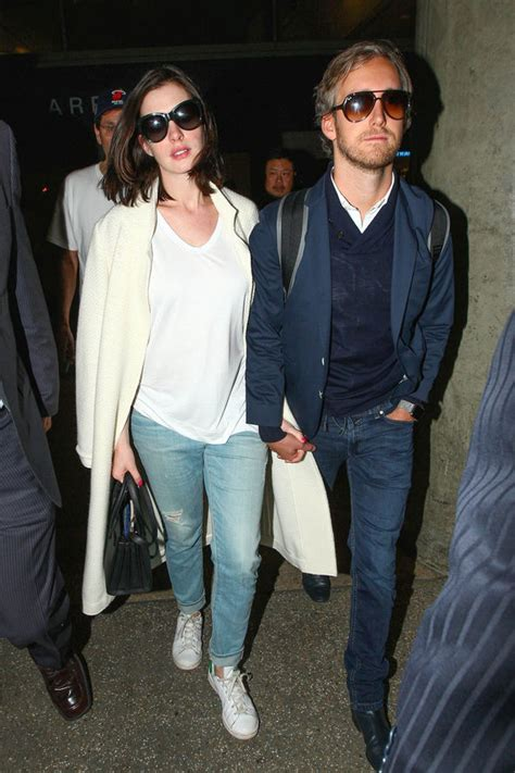 Anne Hathaway pregnant? Actress 'expecting first child