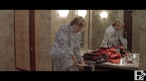 Mrs Doubtfire (1993) Changing part in restaurant HD - YouTube